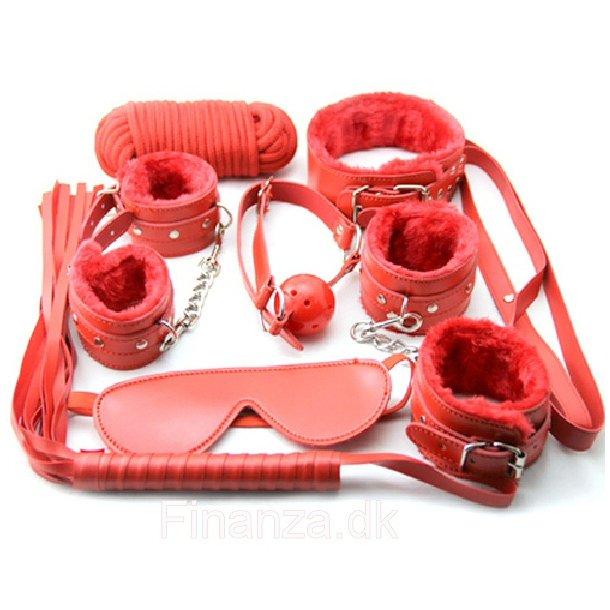 Red Plush SM Bondage Kit - 7 Pcs